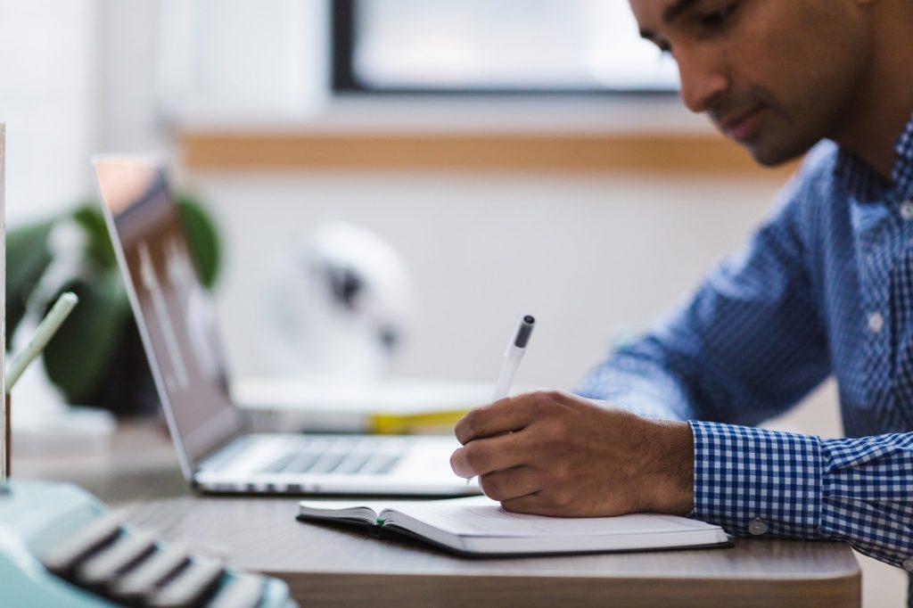 Erstellen von Jahresplänen und Lernsituationen im Bereich IT unter Berücksichtigung der neuen Leitlinie SCHUCU-BBS